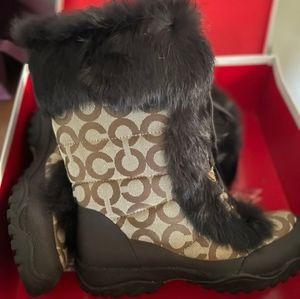🤩Coach Faux Fur Winter Boots!